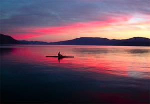 activities-lake-kayak