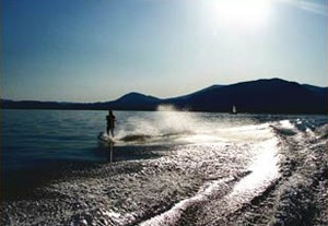 activities-lake-waterski